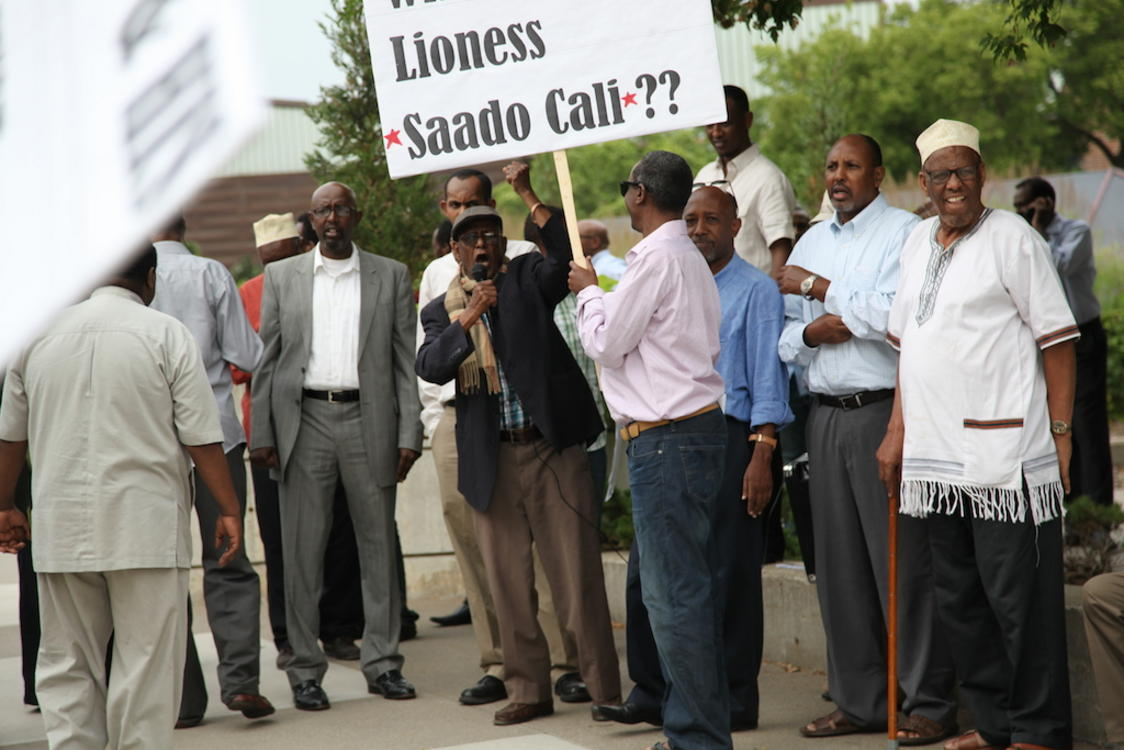 Somali-American protesting the visit of  Somalia's president Hassan Sheikh Mohamud to the twin Cities on August 9, 2014. Photo: Christina Cerruti/TC Daily Planet